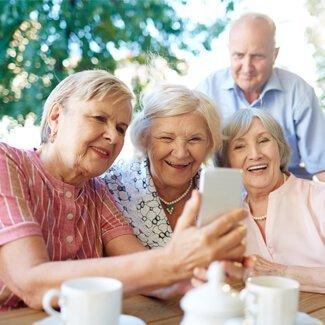 people on senior club travel